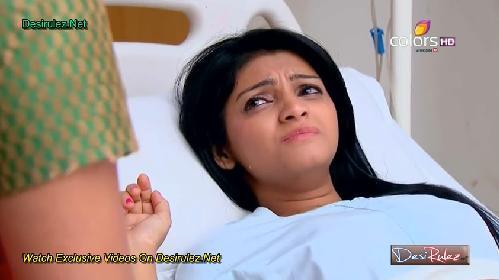 Khushi se prenemaže pred Karunom