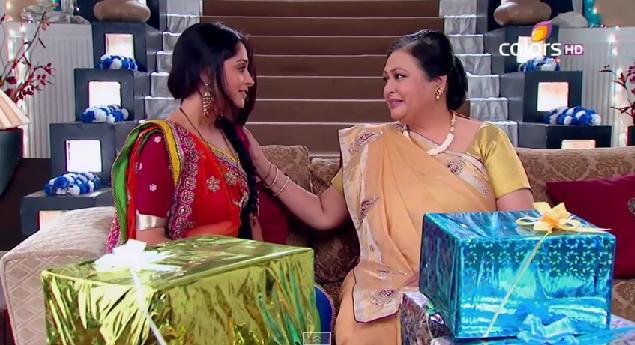 Savita ne zna da Simar nije Sunaina!
