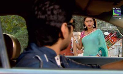 Hum Hain Na – 109. ep. - Resham se nedolično ponaša prema Sagariki i Swari!