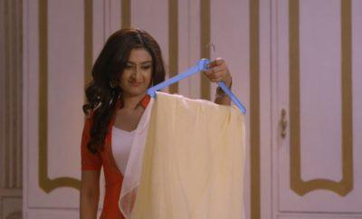 SiddhiVinayak – 267. epizoda – Sidi prospe na Urvašin sari prah koji izaziva svrab!